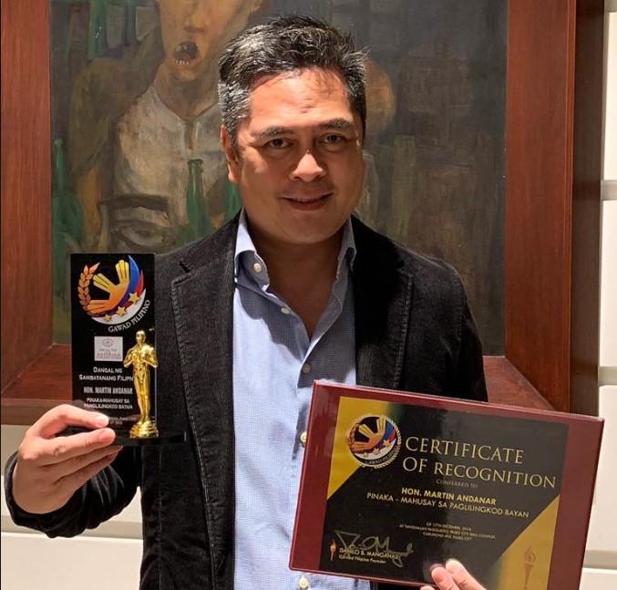 PCOO chief recognized in Gawad Filipino Awards 2018 | PTV News